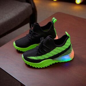 Kid's Light-Up Shoes Slip On Breathable Anti-Skidding Casual Shoes